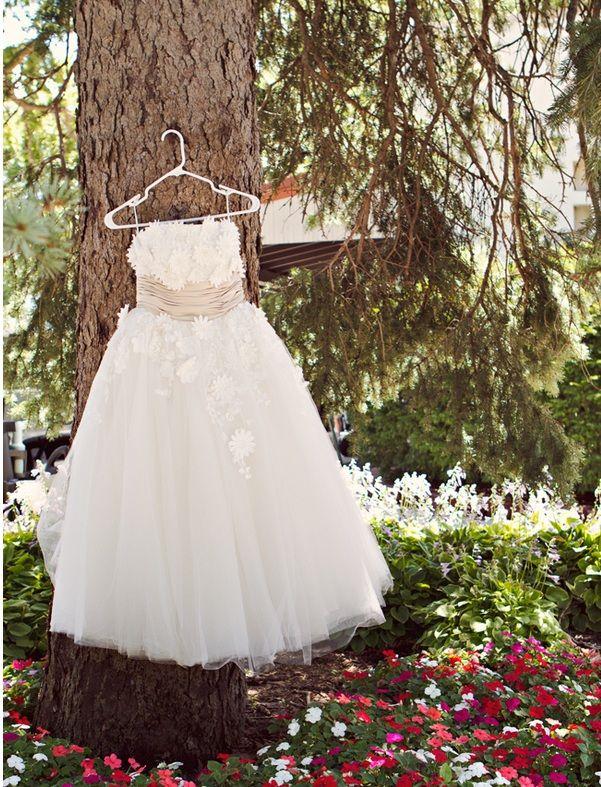 0cd79022aa10 Lyida Y1055 - Retro tulle tea length wedding dress from Ieie's Bridal  www.ieiebridal.com