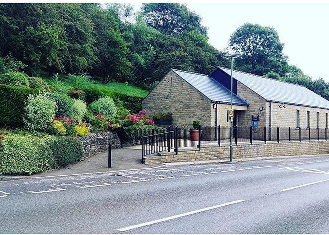 UK: Calver Kingdom Hall near Baslow (Peak District) http://ift.tt/2b8MoRq