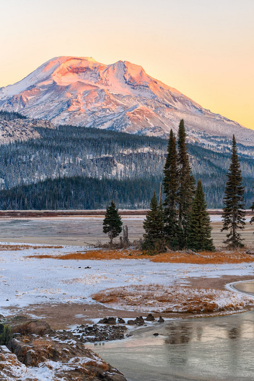 Bloody cold, but still I would love to be there. Sparks Lake, Oregon