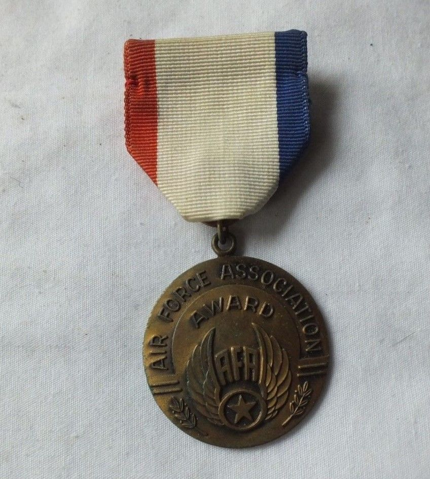 Vintage Air Force Association Award Medal Vintage air