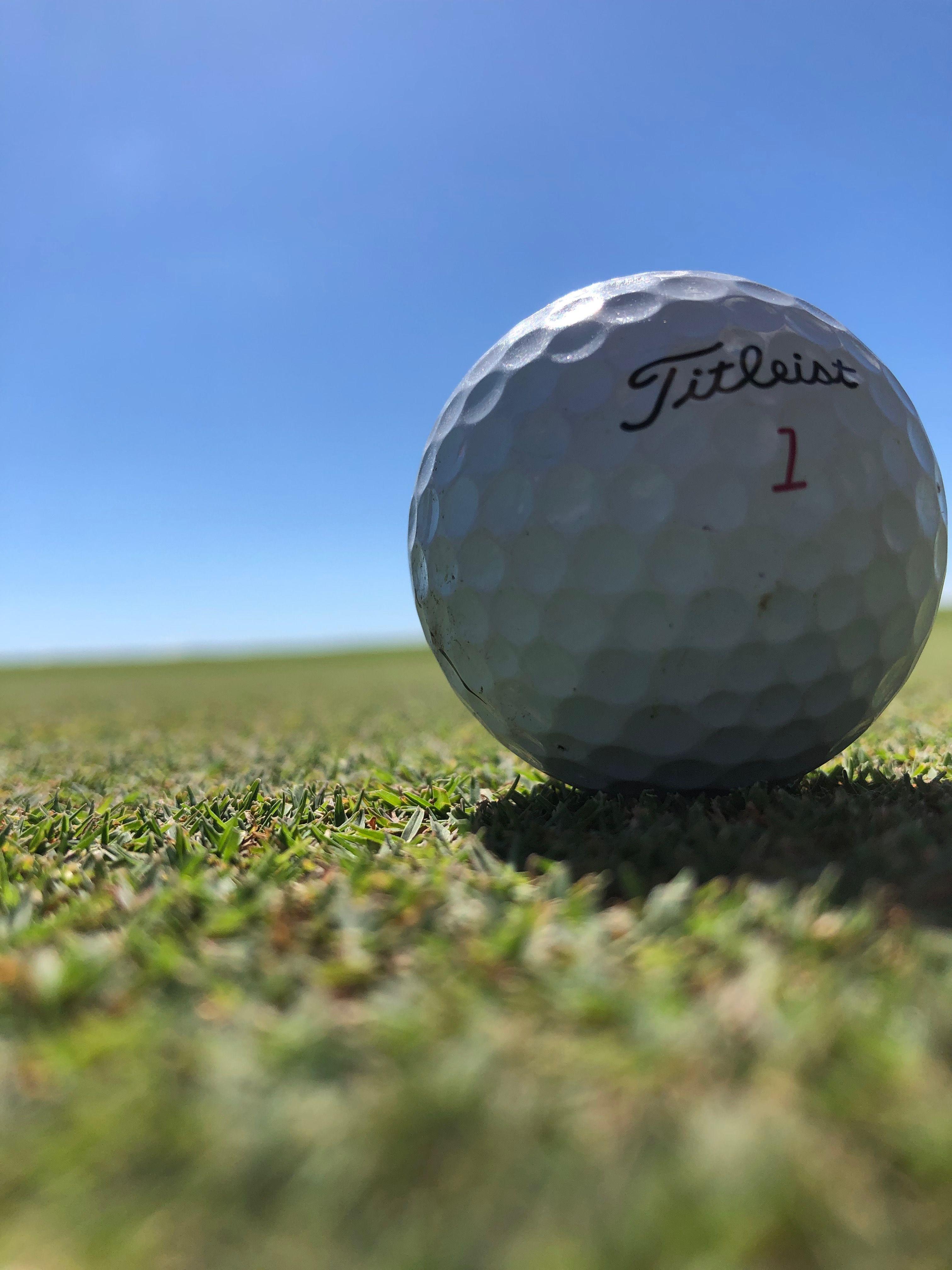 18+ Bolas golf titleist ideas