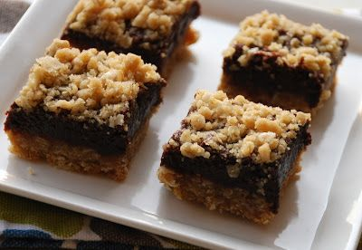 Everyday Insanity...: Oatmeal Fudge Bars