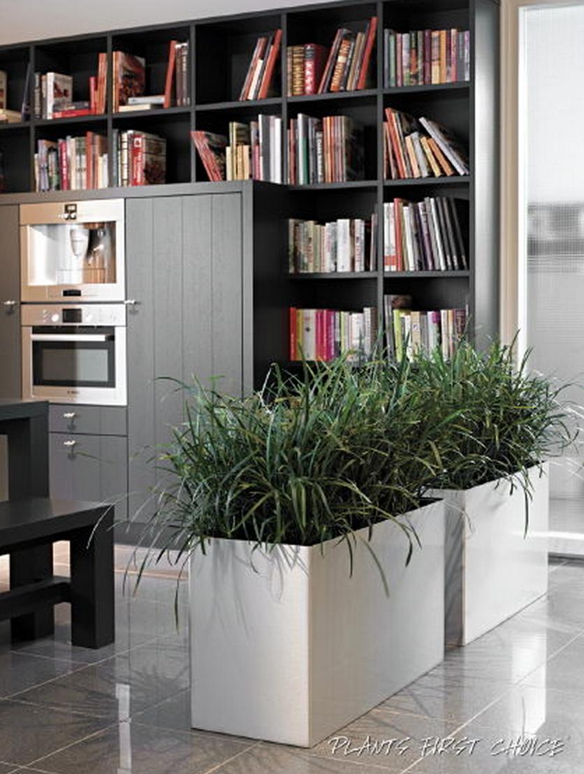 Gebruik planten eens als room devider interieur for Kantoor interieur design