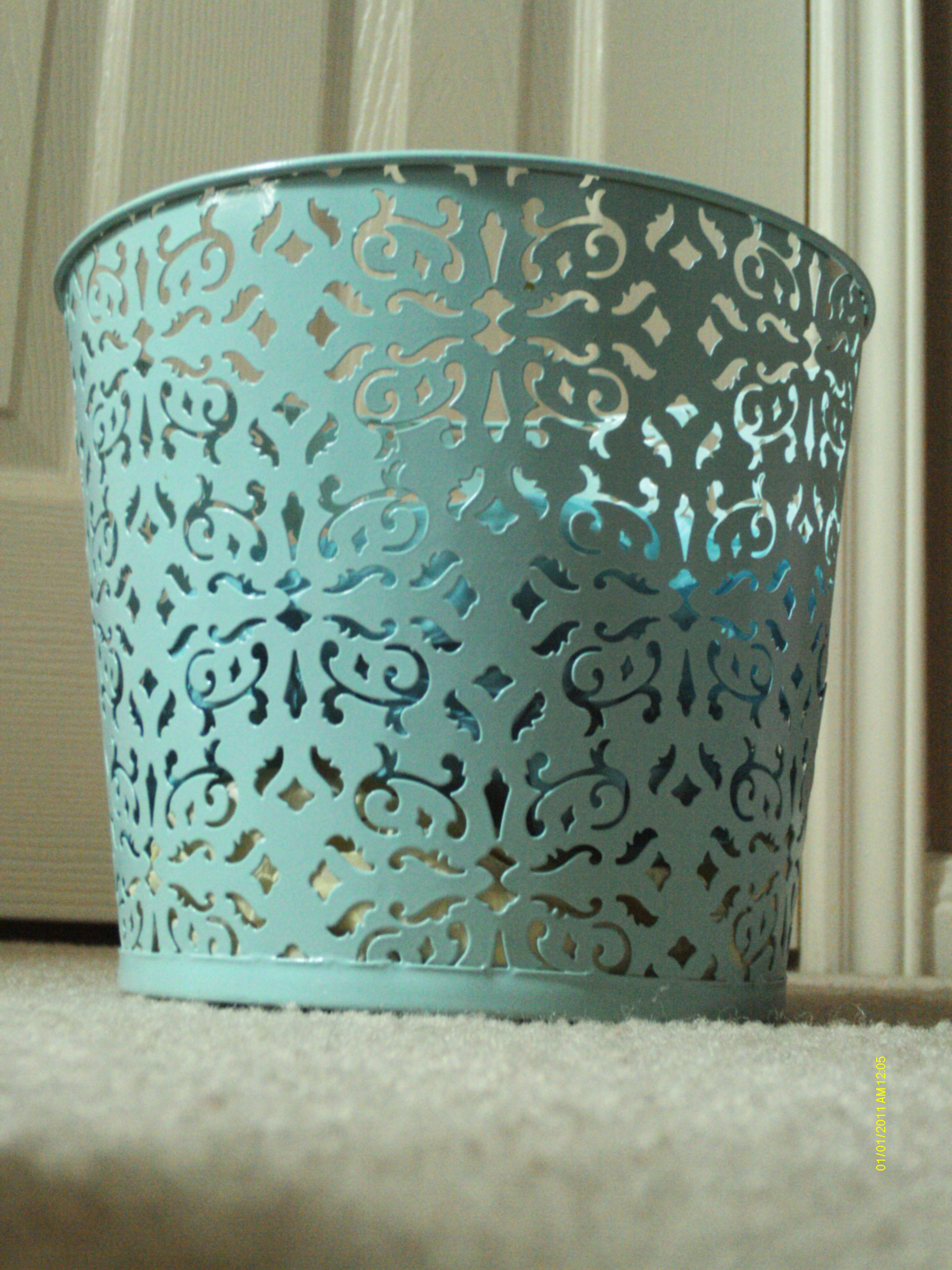 tiffany blue decorative tin bucket, I could use this as a waste ...