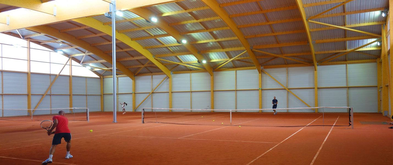 1ers Courts Couverts Equipes Led En Ile De France Tennis Club De