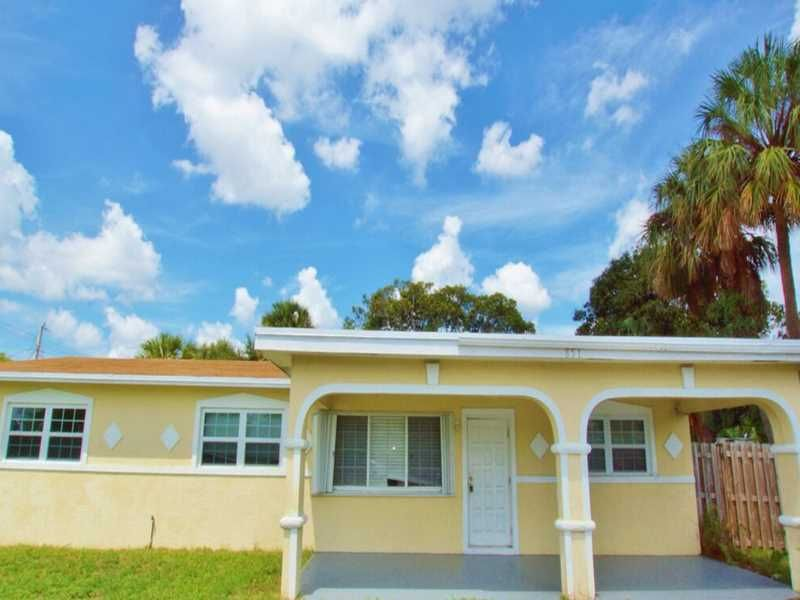 View property details for 851 S Cypress Rd, Pompano Beach, FL 851 S
