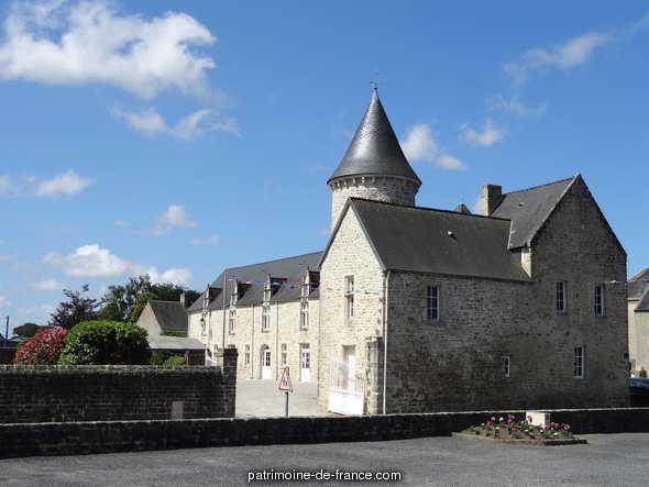 Maisons, Fermes à Picauville