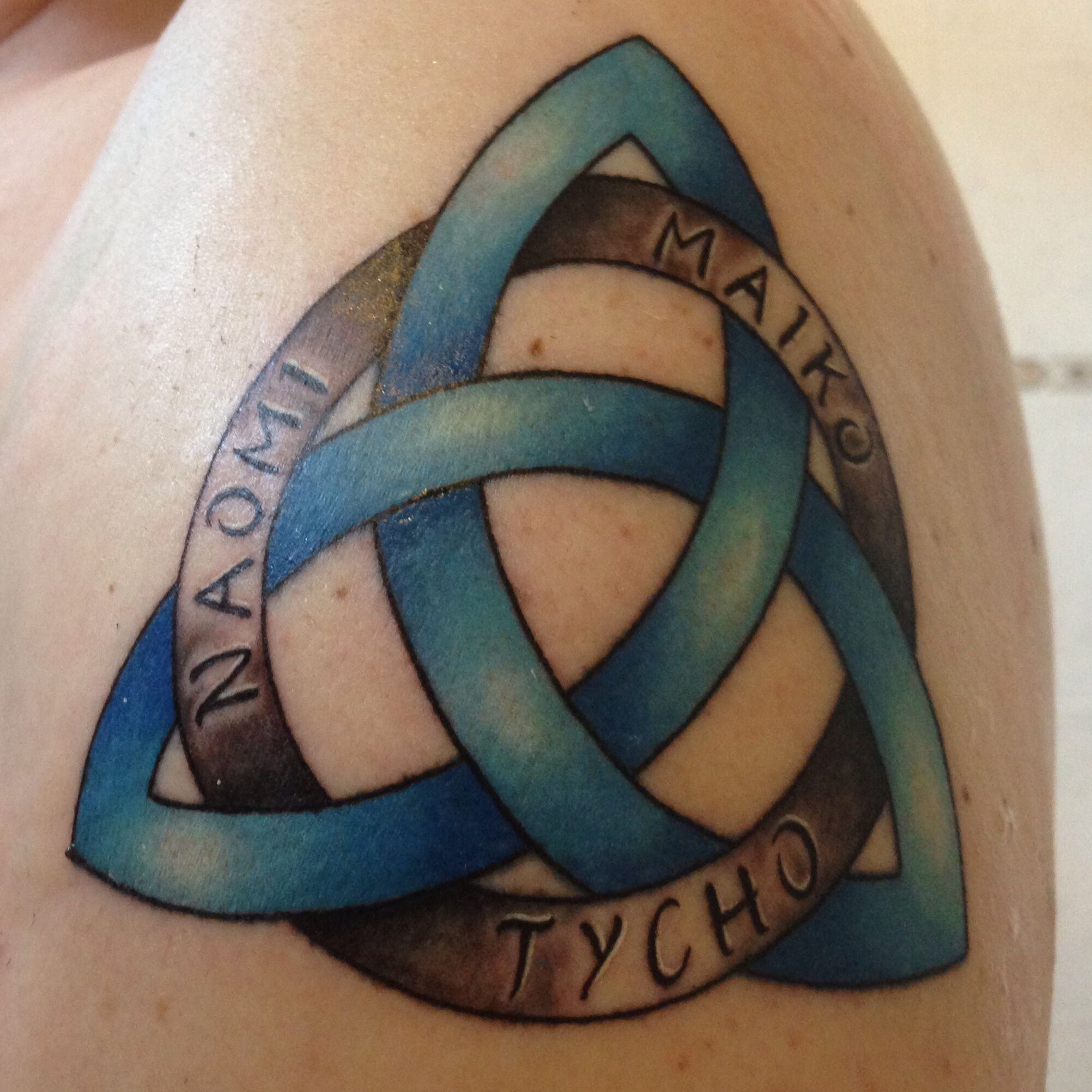 Triquetra With The Name Of My Children Knot Tattoo Celtic Knot Tattoo Tattoos For Daughters