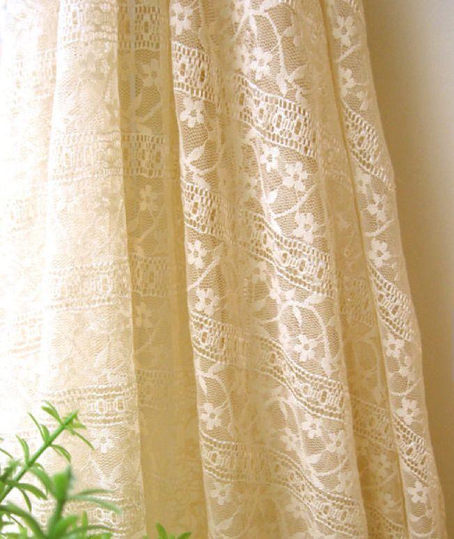 Tissu en coton rayonne dentelle fleur retro cremé shabby couture ...