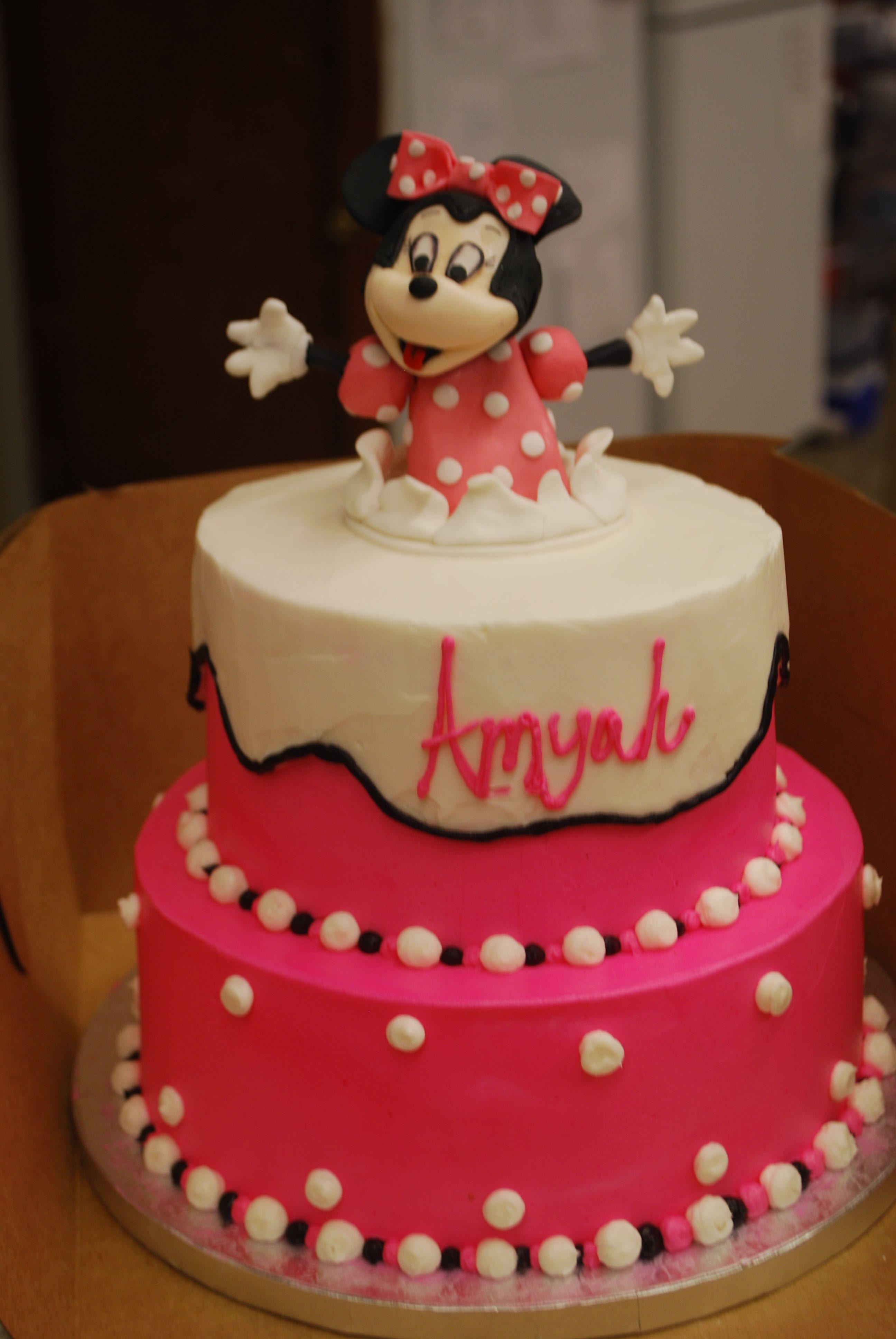 Mini Mouse Cake In 2020 Mini Mouse Cake Cake Decorating