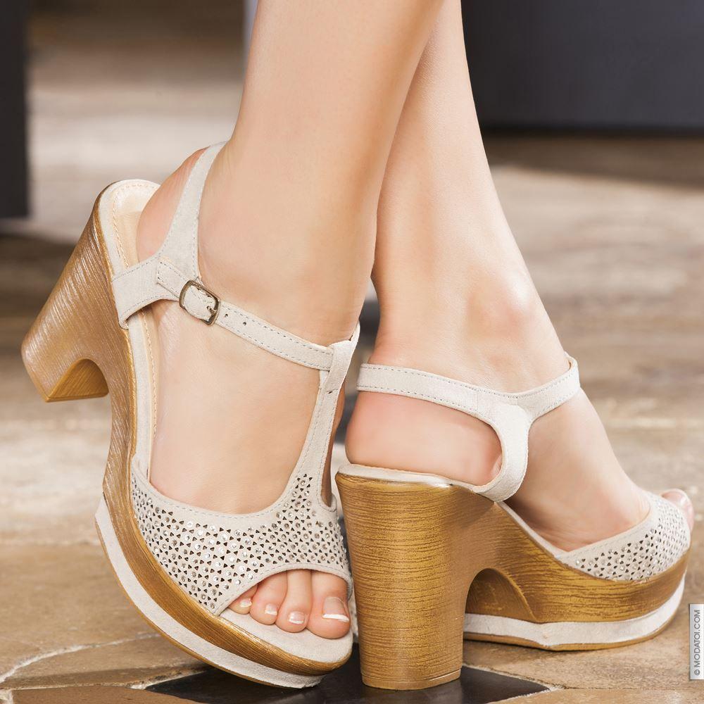 Sandales à plateforme gris femme talons de 10 cm taille 36, en vente sur la