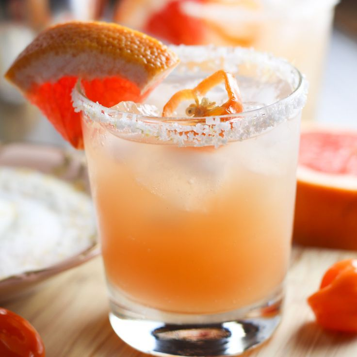 Habanero Grapefruit Margaritas platingsandpairings.com