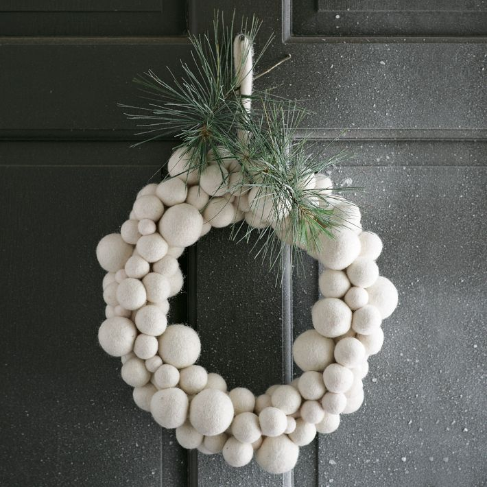 White Christmas Wreath Felt Ball Wreath Holiday Decor Christmas Christmas Wreaths