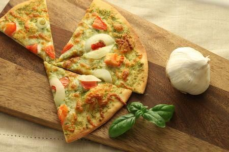Homemade Pesto Pizza Recipe with Nutrition Facts