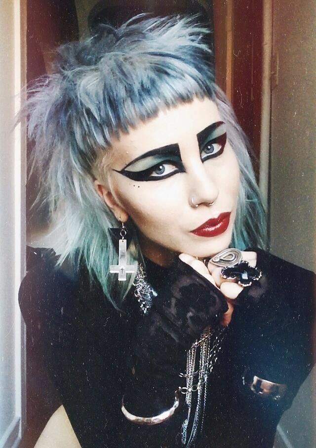 Pin By Violet Severine Blanchard On All Done Up Punk Makeup