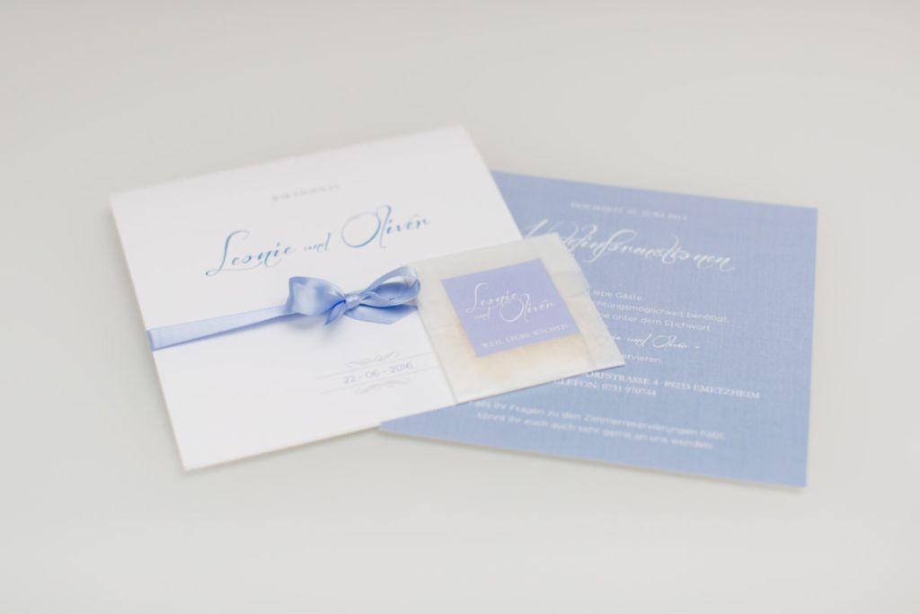 Edle Einladungskarten In Blau Von Pretty Cards