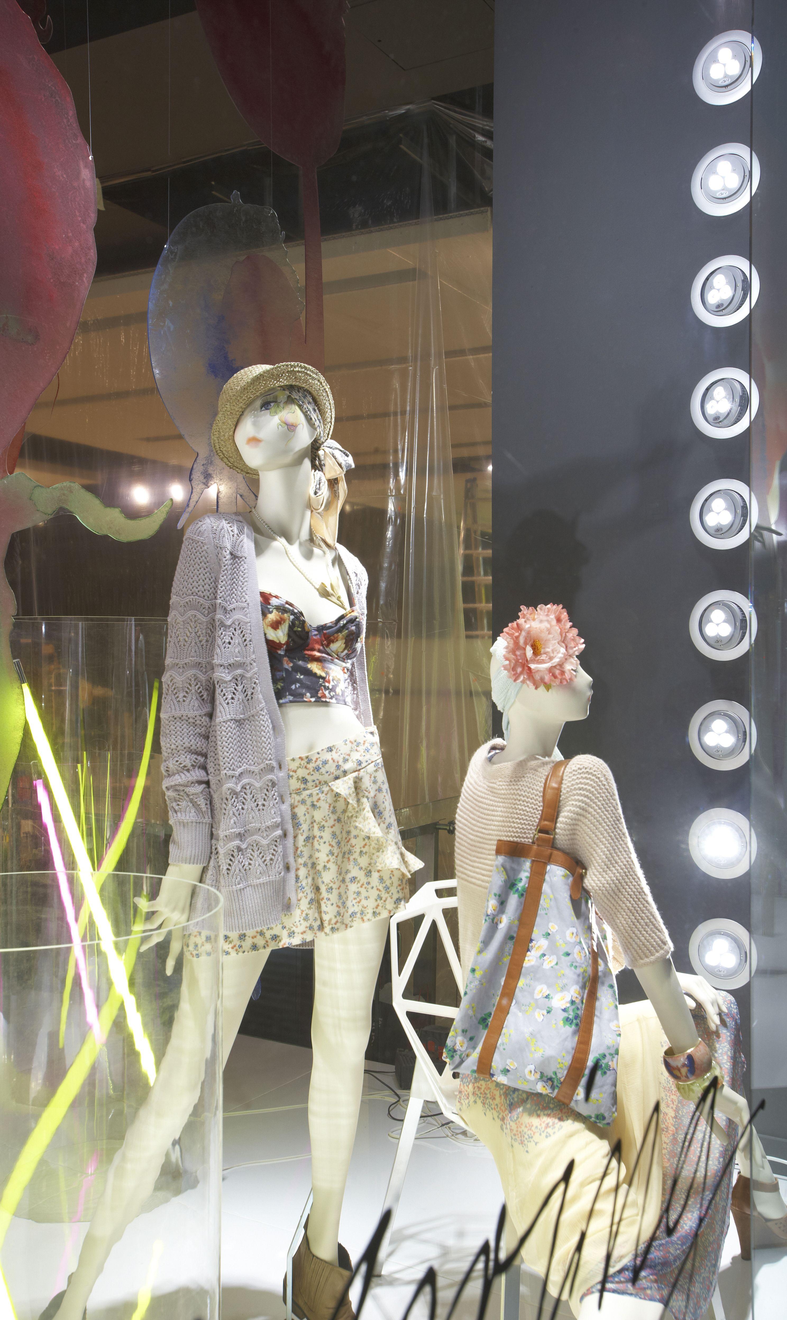 led lighting in topshop display windows led light lighting white