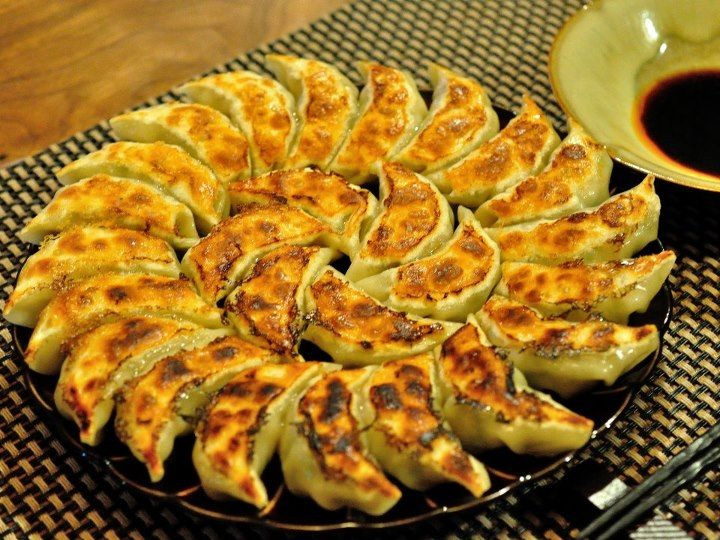 Tokyo Japan Yaki Gyoza Yaki Gyoza Is Soul Food For The Japanese