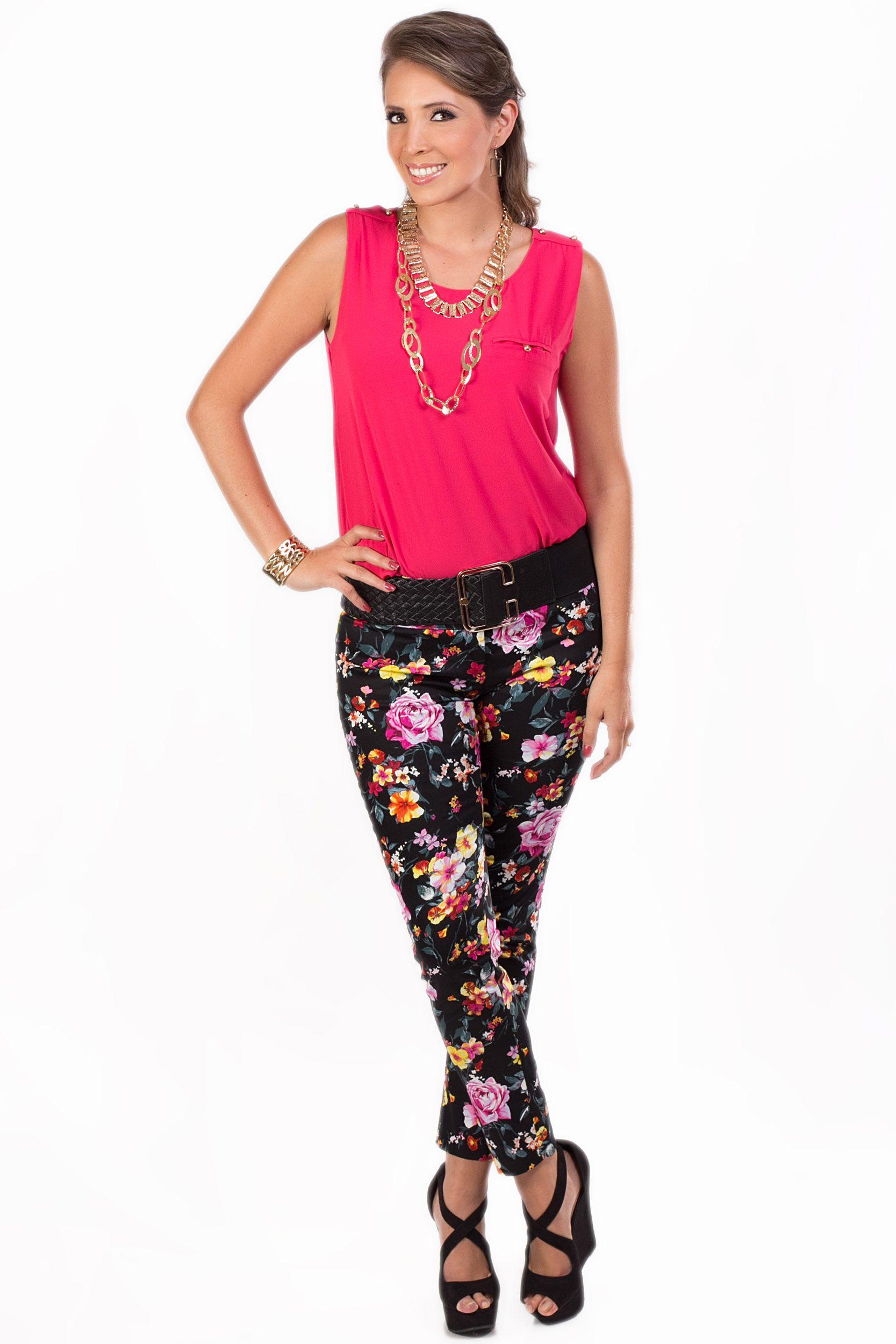 2c77f33d879b Frescura, color y belleza KAMI. Pantalón Estampado con flores en ...