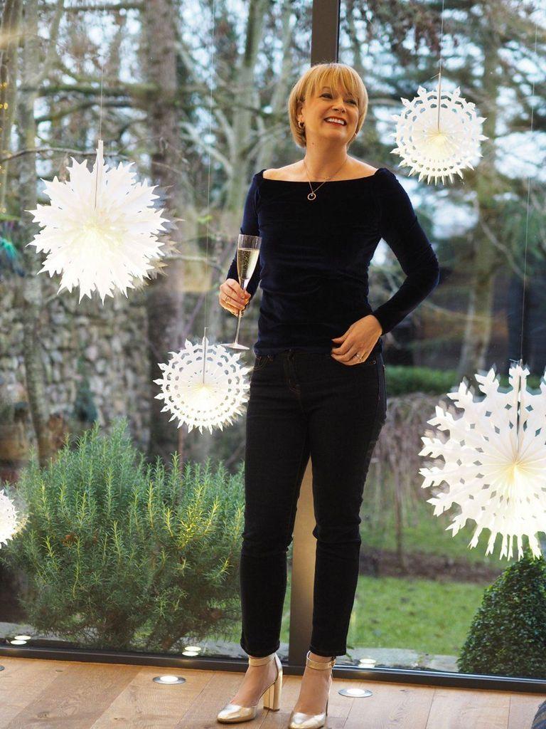 Photo of 43 beste ideer for antrekk til julebord for kvinner over 40 år