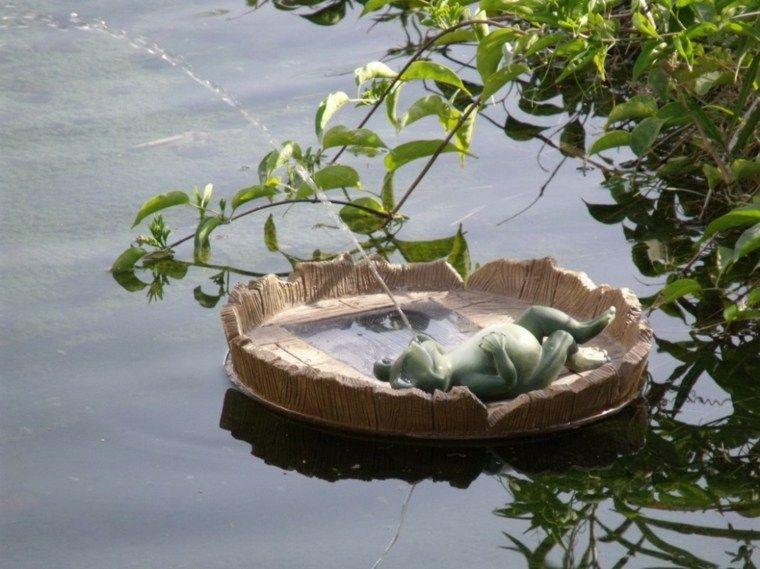 fontaine solaire de jardin un choix sage et colo pinterest. Black Bedroom Furniture Sets. Home Design Ideas