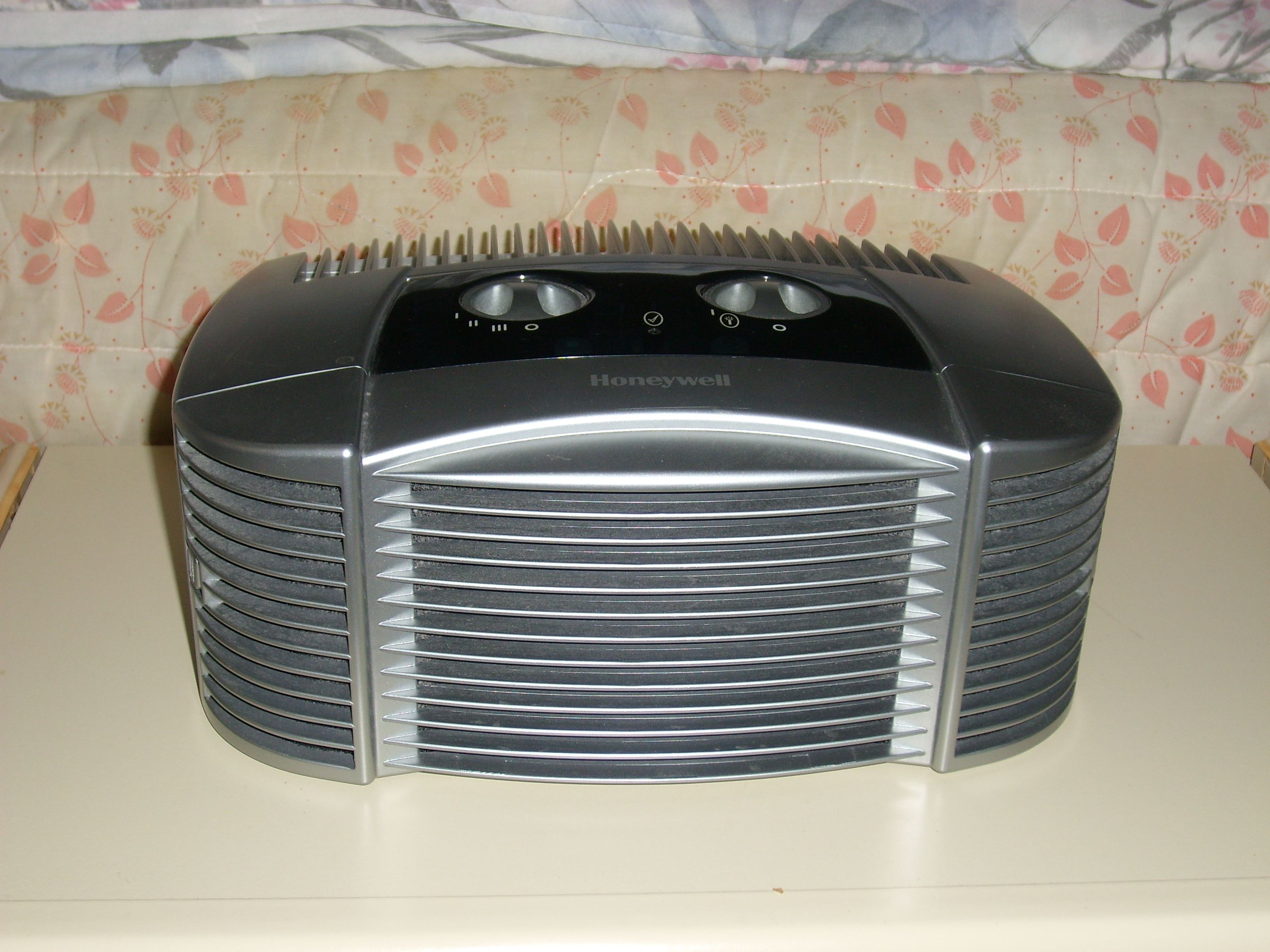 AIR CLEANERS Learn about ways to get rid of mold spores