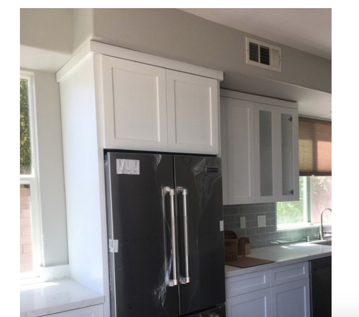 I Like This Type Of Straight Edge Crown Moulding For Our Kitchen Cabinets Modern Farmhouse Kitchens Kitchen Kitchen Remodel