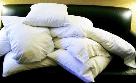 Limpe seu travesseiro de um modo sustentável