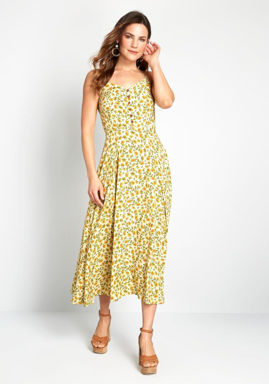 Here Comes The Sunflower Midi Dress Got A Penchant For 40s Inspired Style Well You Re In Luck With This Yell In 2020 Midi Dress Yellow Midi Dress Cotton Midi Dress [ 1304 x 913 Pixel ]