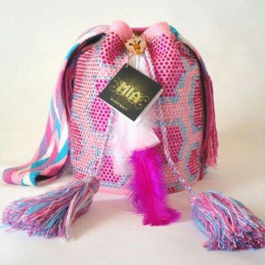 #wayuu #wayuubags #crystal #handmade #colombia +57 3102629820