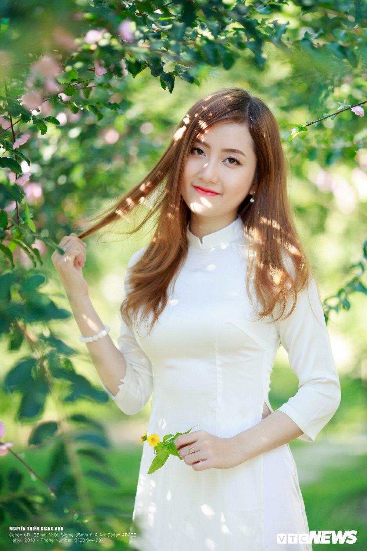 Vietnamese Girl In Sexy Wet Ao Yem My Hiep Part 2