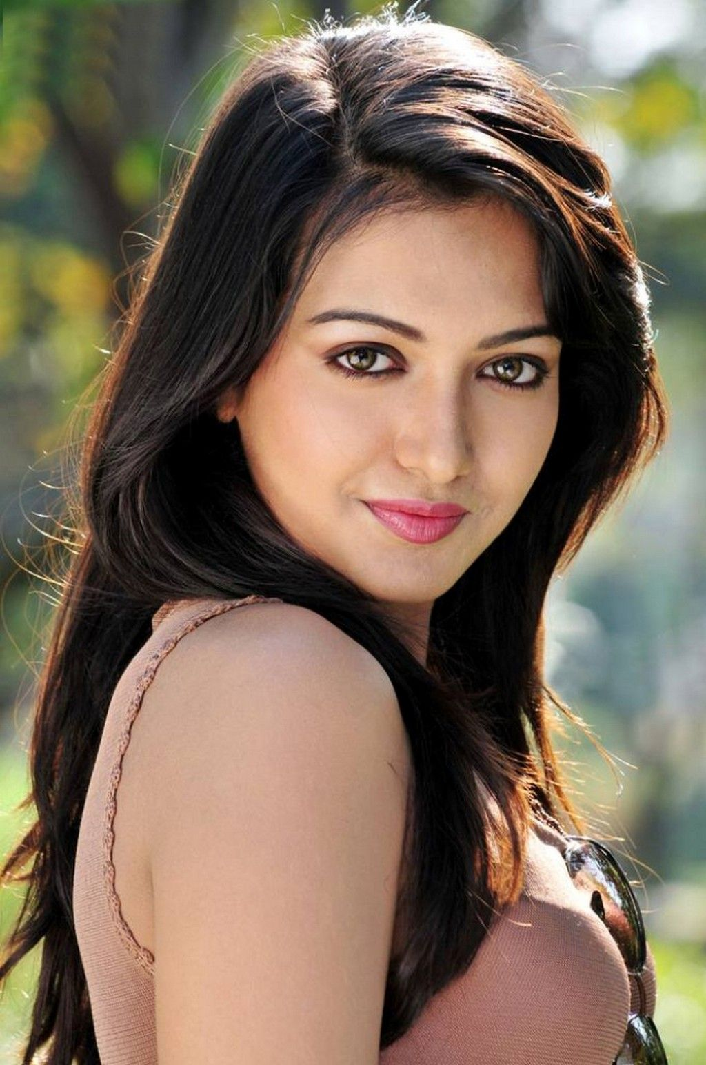 catherine tresa #tollywood #fashion #style #beauty | catherine tresa