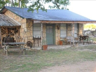 Blanco river cabins country cabin in tx hangin tree for Texas hill country cottages for sale
