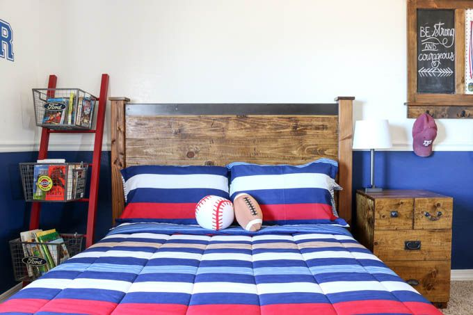 Build this gorgeous PB Teen-Inspired Rustic Double Bed using the FREE printable plans!  This bed is simple to build and only costs about $160 in materials!
