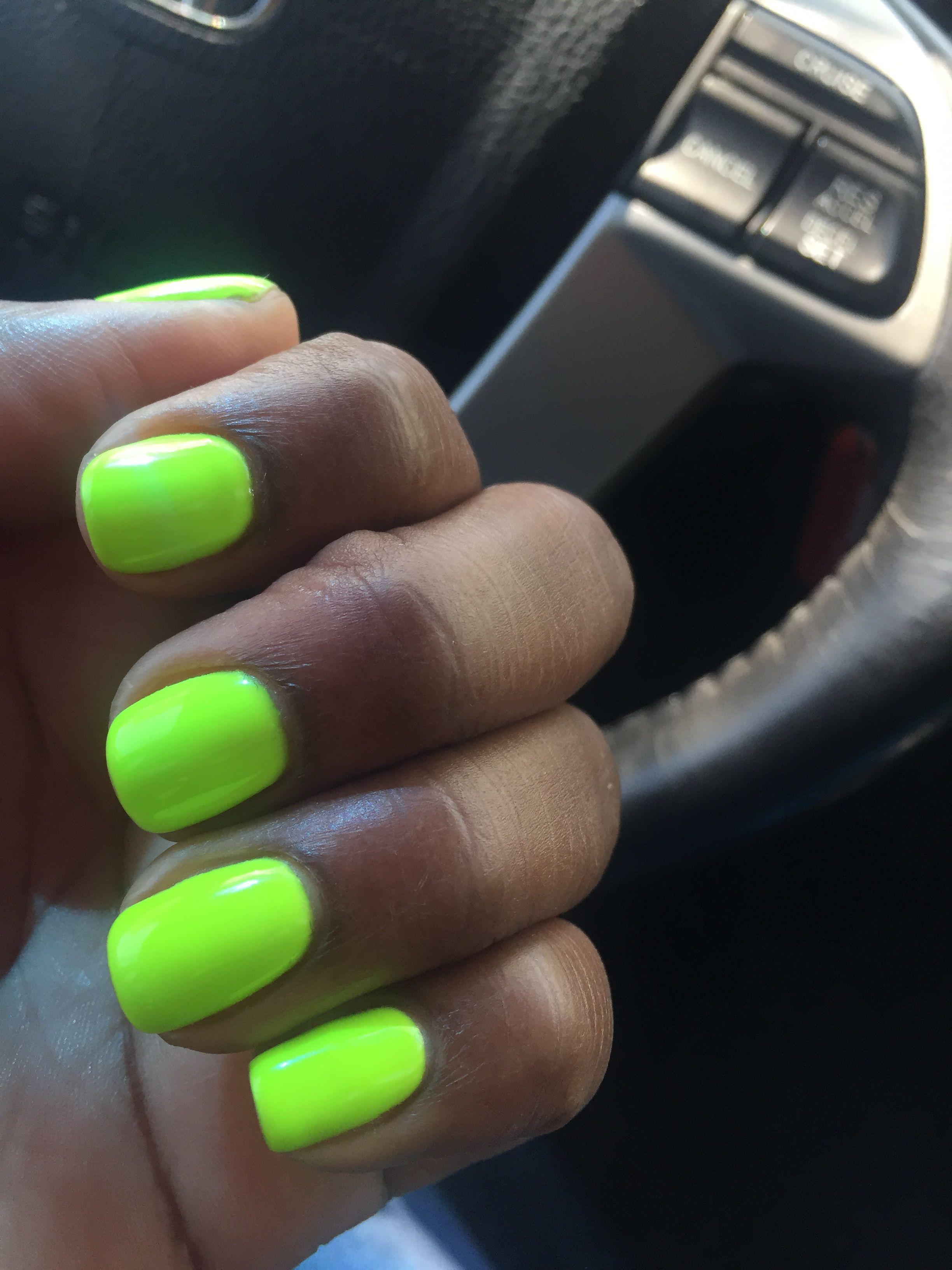 Flourescent green nails... Melanin dark skin | nails | Pinterest ...