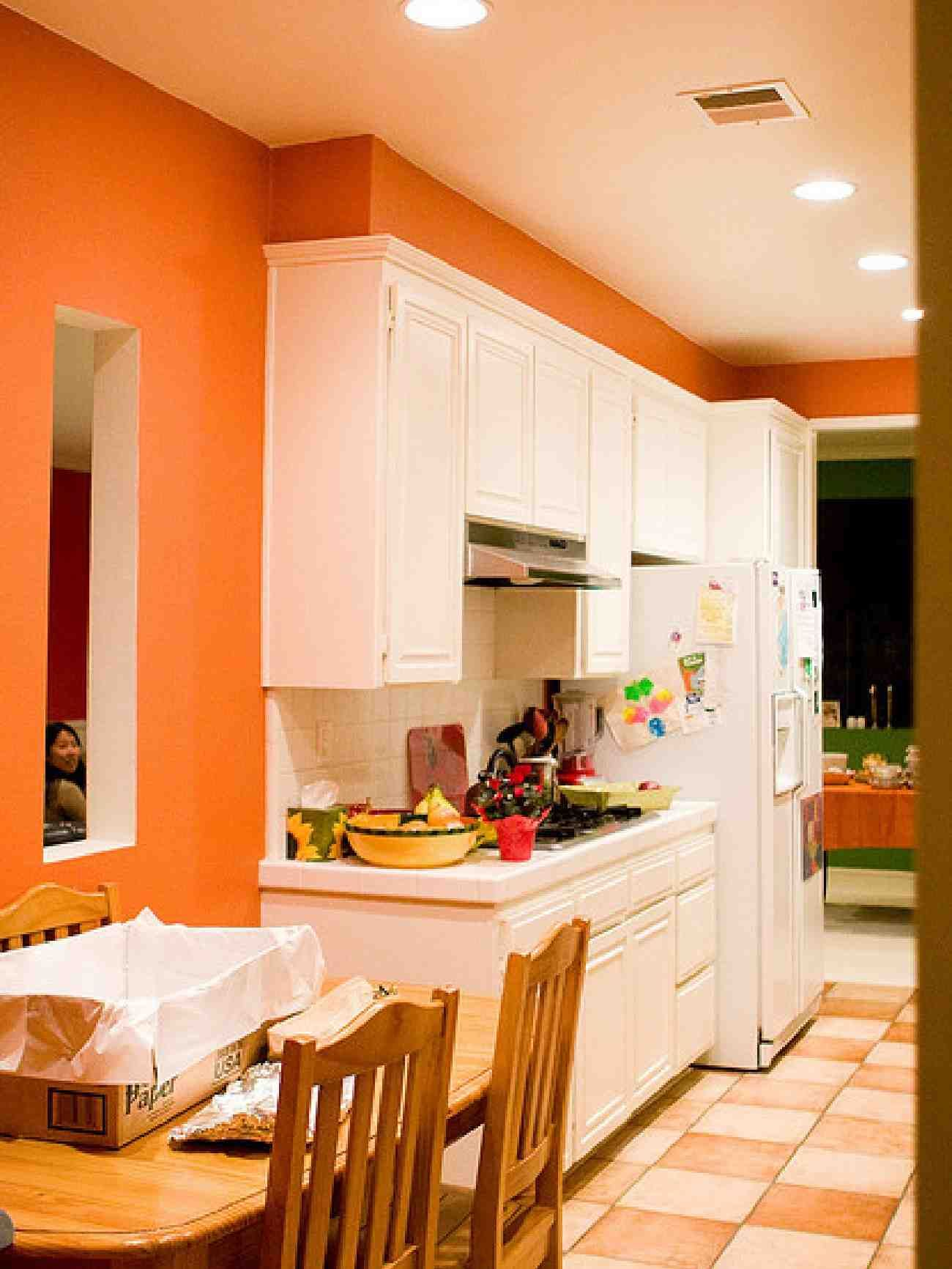 Fresh orange kitchen interior design beautiful style for Kitchen wall paint design