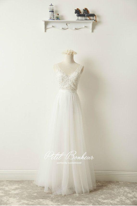 Wulstige Strand Hochzeitskleid von PetitBonheurStudio auf Etsy ...