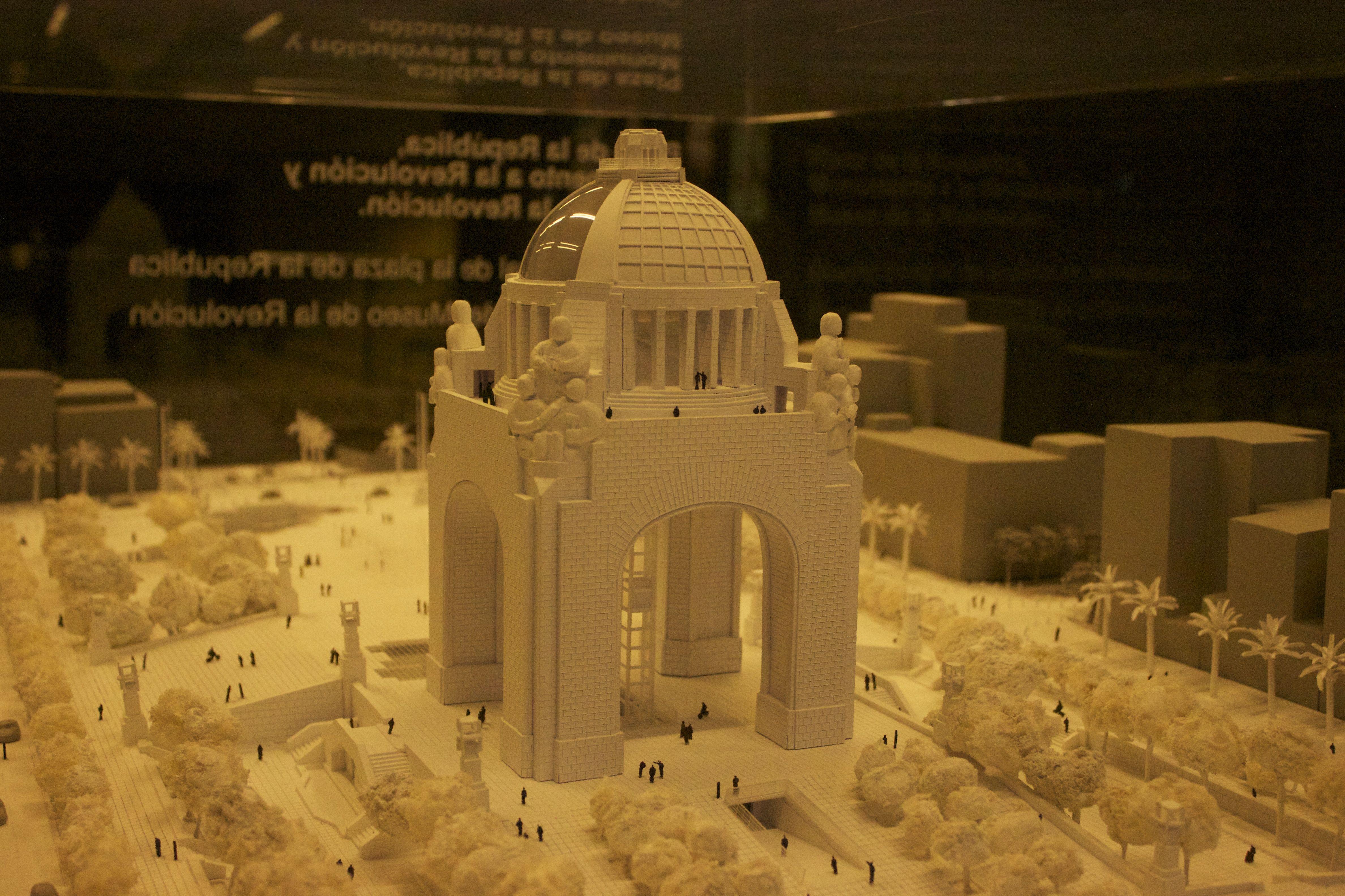 Maqueta Del Monumento A La Revolucion Interior Del Museo Nal De La Revolucion Ciudad De Mexico Monumento Monumentos Arquitectura