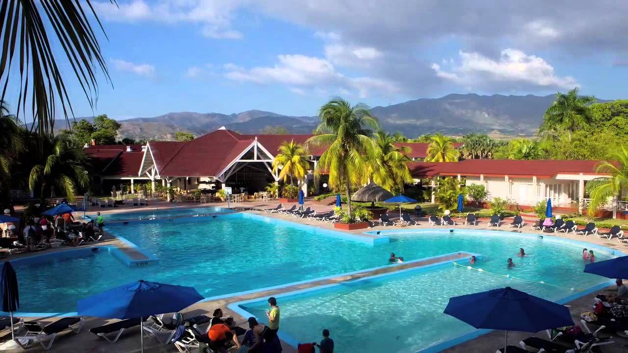 Club Indigo Hotel Beach & Resort