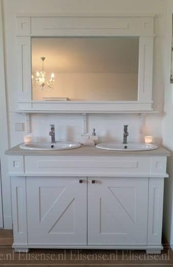 Badkamermeubel Cindy, met klassieke liggende spiegel. Landelijk ...
