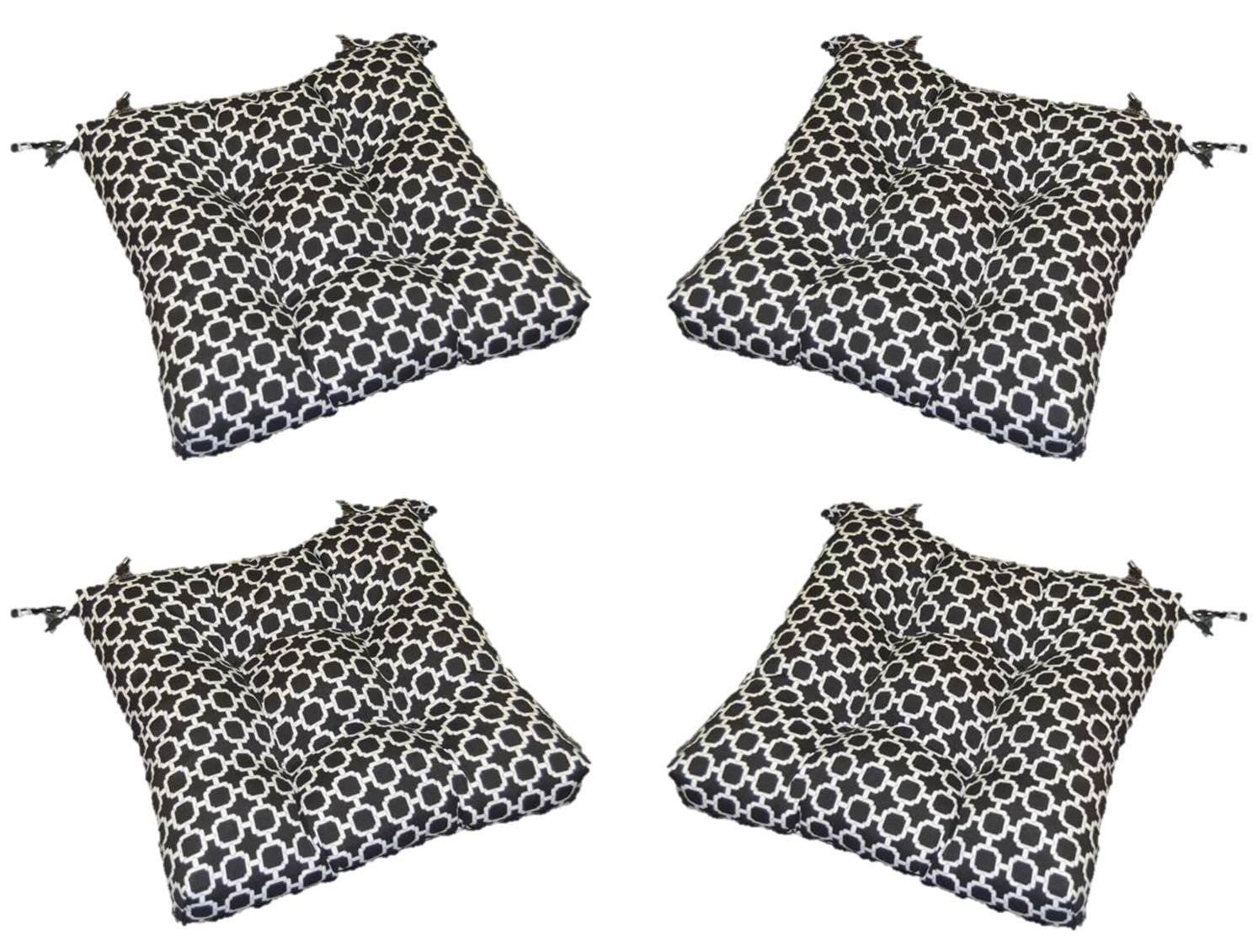 Set of 4 Indoor / Outdoor Black and White Geometric