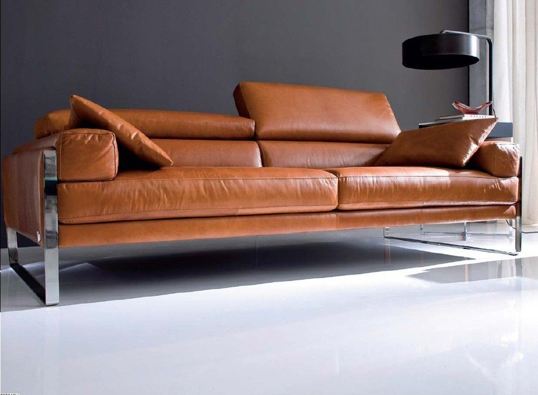 Calia Italia Romeo Sofa in Leder Karma 601 Chocolate | Leather sofas ...