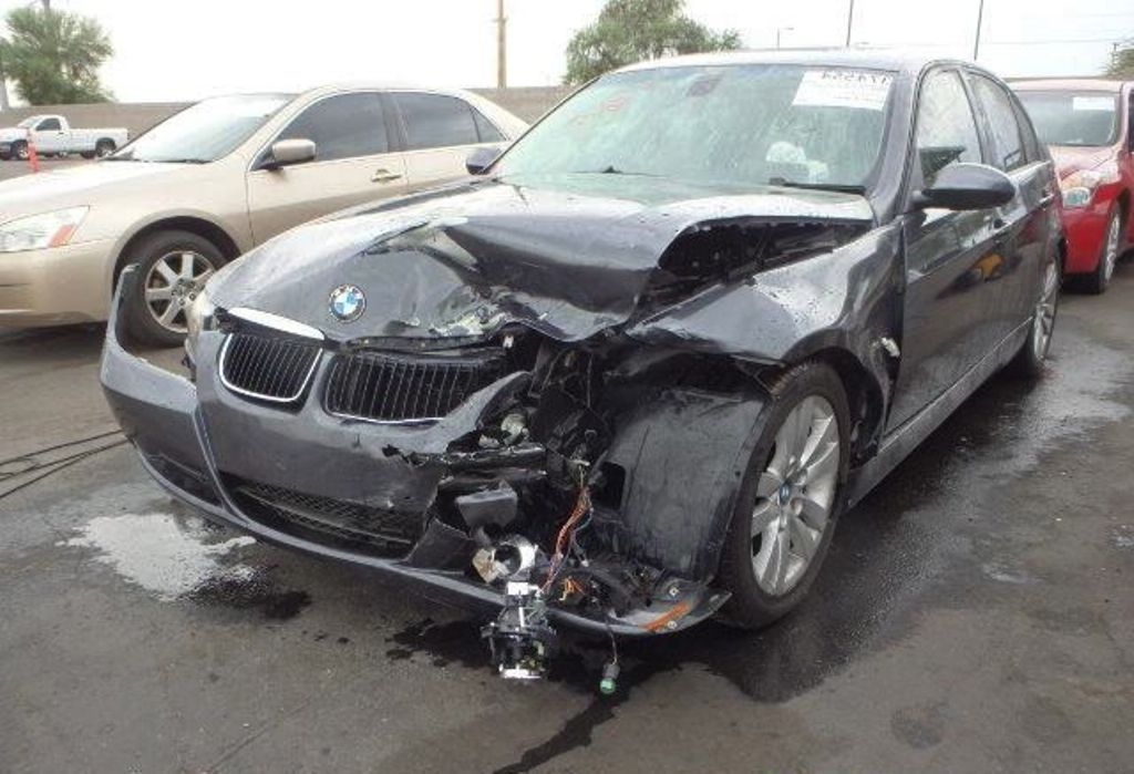 How To Sell The Accident Damaged Cars For Money Damaged Cars