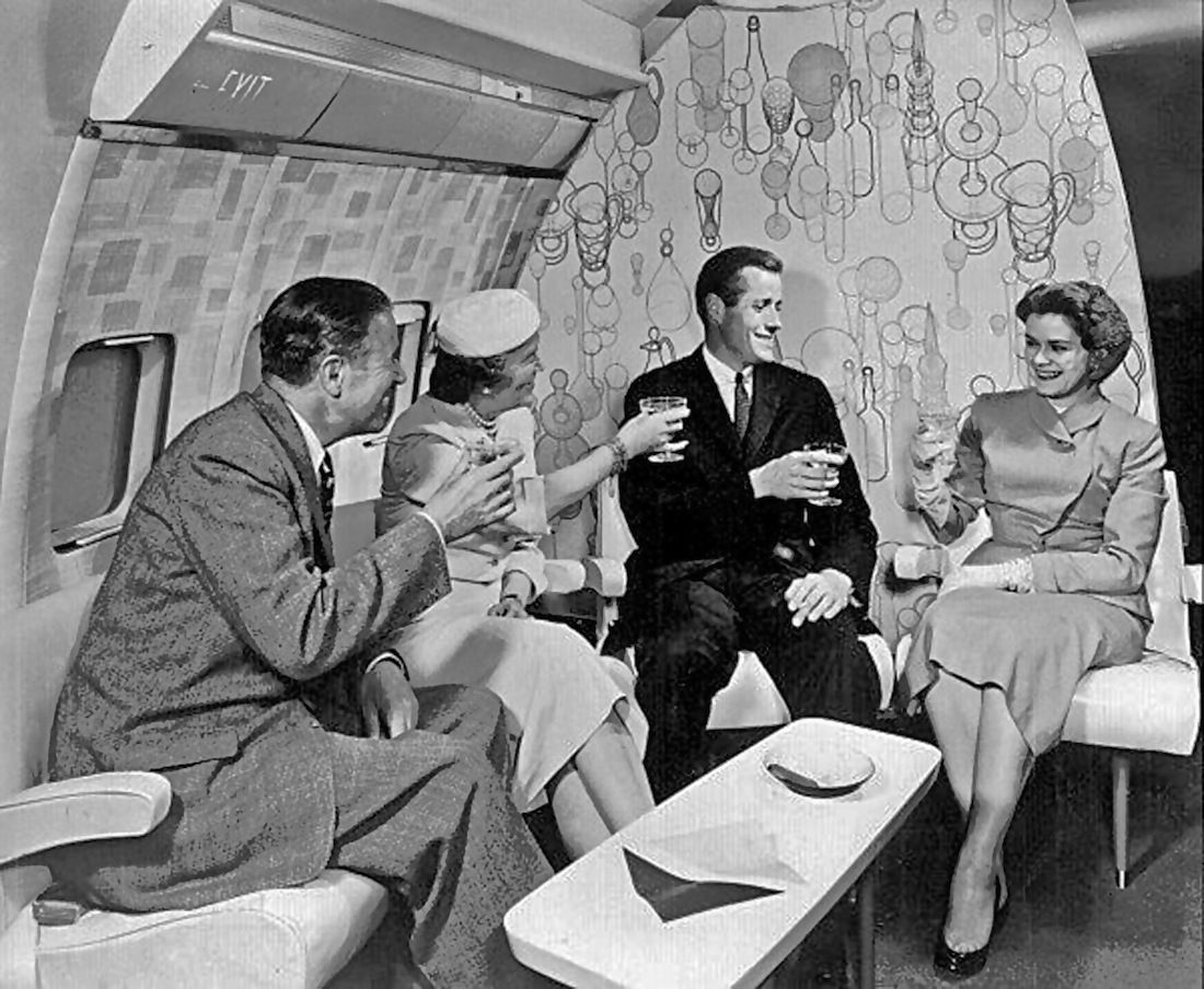 Пустопорожность и звериный оскал бытия... - История первого класса в самолетах