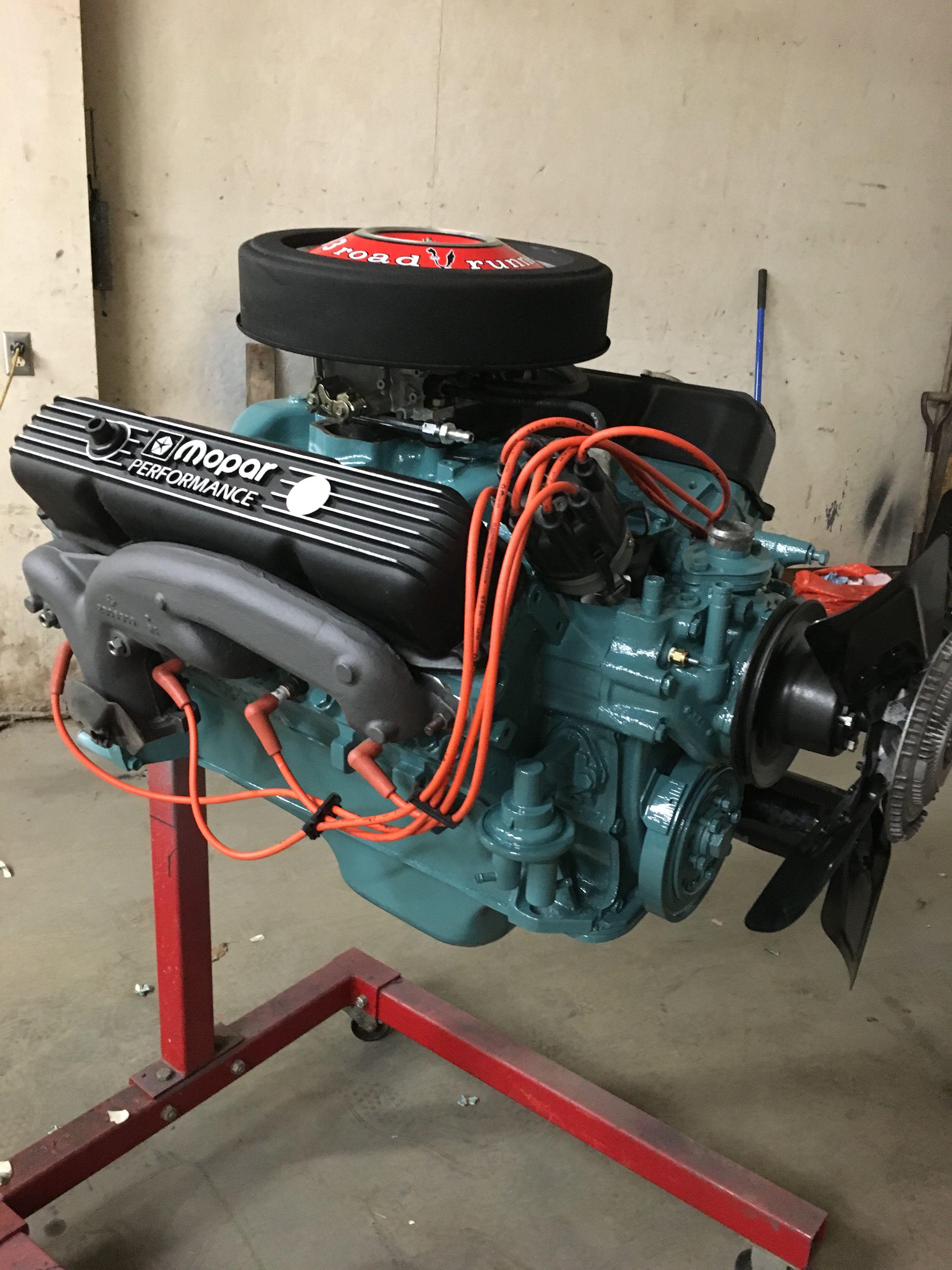 Dodge 383 Magnum 335 H P    The Cleckley Motorworks MoPar
