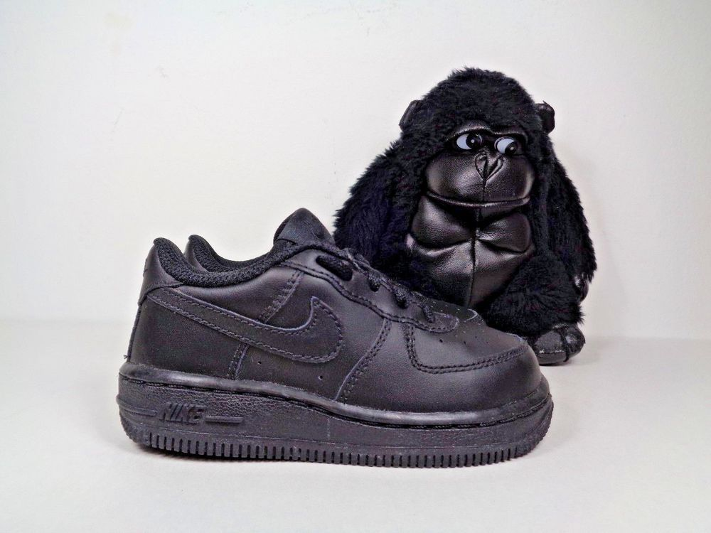 2f0712a5aab4c Babies Nike Air Force One Basketball shoes size 7.5 C 314194-009  Nike   Basketball