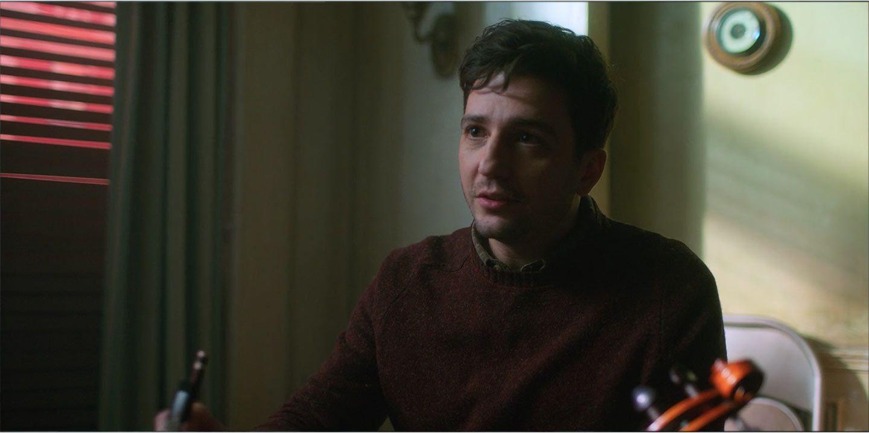 John Magaro as Leonard Peabody in season 1, episode 2 of The Umbrella  Academy | John magaro, Academy, Umbrella Characters to Hate