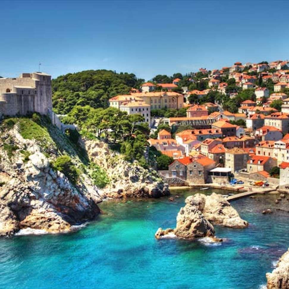 10 Day Croatia Road Trip Along The Most Scenic Crescent Route Momondo Romantic Honeymoon Destinations Croatia Exciting Travel