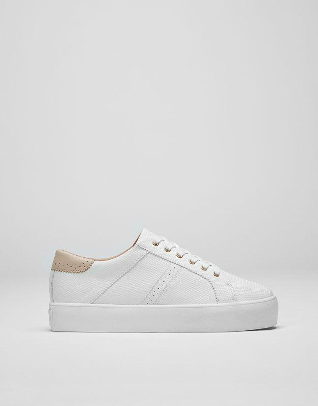 864fc19ad79 Pull Bear - mujer - calzado - zapatillas - bamba bloque grabada - blanco -  11670211-V2017