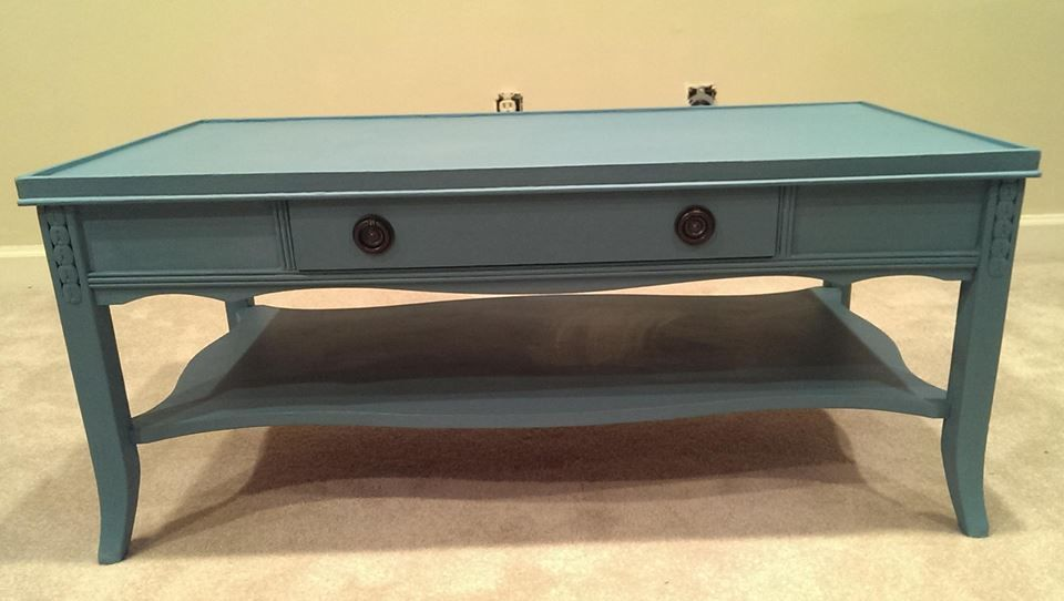 vintage blue chalk painted coffee table. | my style vintage